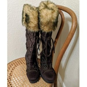 New!  SODA Faux Suede Brown Boots sz.8 1/2